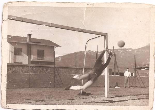 """Pro Dronero anno 1961 Gigetto Gariup per 8 stagioni portiere dei """"Draghi"""""""
